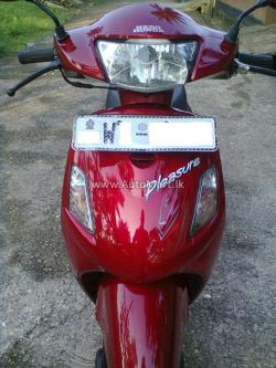 Hero Honda Pleasure 100 2011 #8