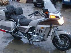 Honda GL1200DX Gold Wing #9