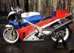 Honda VFR750R / RC30 (reduced effect) #9
