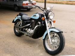 Honda VT1100C2 Shadow #6