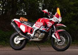 Honda XRV750 Africa Twin (reduced effect) #9