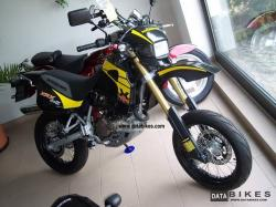 Hyosung Super motard