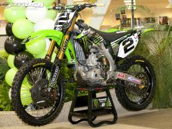 Kawasaki KX450F Monster Energy 2010