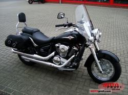 Kawasaki VN900 Light Tourer 2011
