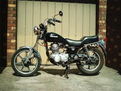 Kawasaki Z450 LTD (reduced effect) 1984 #5