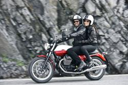 Moto Guzzi V7 Stone, an icon bike in the riding world #9