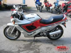 Suzuki GSX 1100 F (reduced effect) 1991 #11