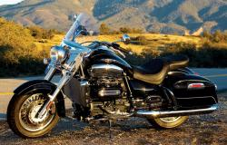 Triumph Rocket III Touring ABS #9