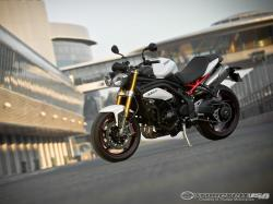 Triumph Speed Triple R 2012 #8
