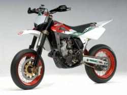 Triumph Super motard #4