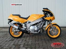 Yamaha FZR 1000 (reduced effect) 1991 #10