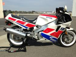 Yamaha FZR 1000 (reduced effect) 1991 #8