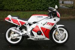 Yamaha FZR 600 (reduced effect) 1989 #10