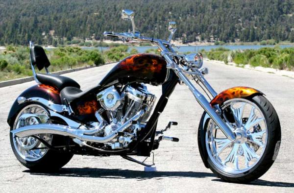 Big Bear Choppers Devil´s Advocate ProStreet 100 EFI