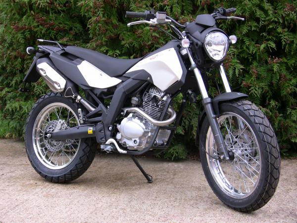 Derbi Cross City 125 2010 #1