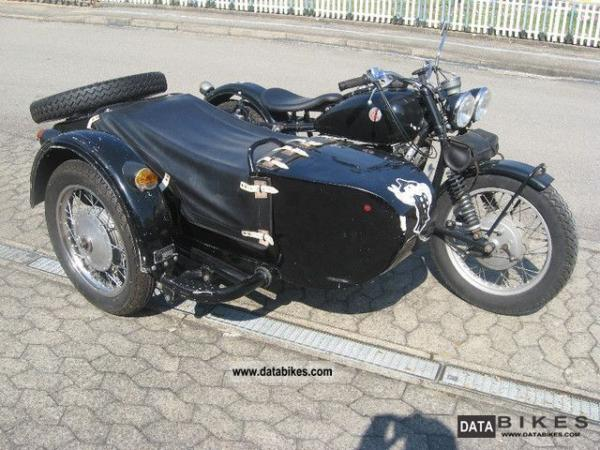 1981 Dnepr MT 10 (with sidecar)