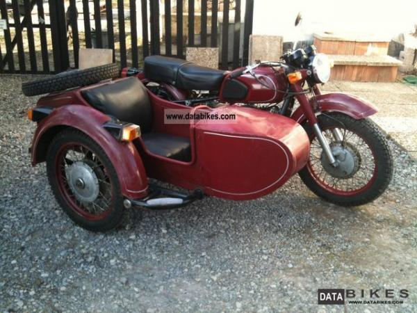1983 Dnepr MT 10 (with sidecar)