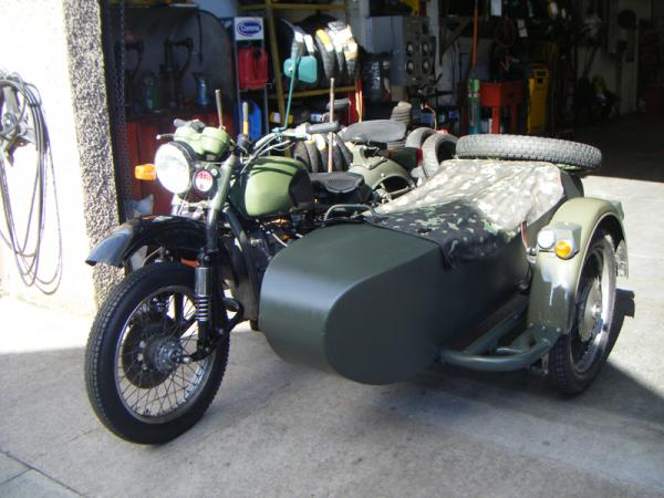 1986 Dnepr MT 11 (with sidecar)