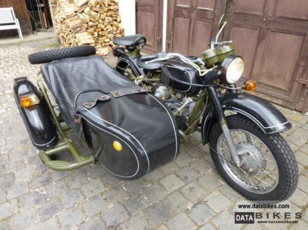 Dnepr MT 12 (with sidecar)
