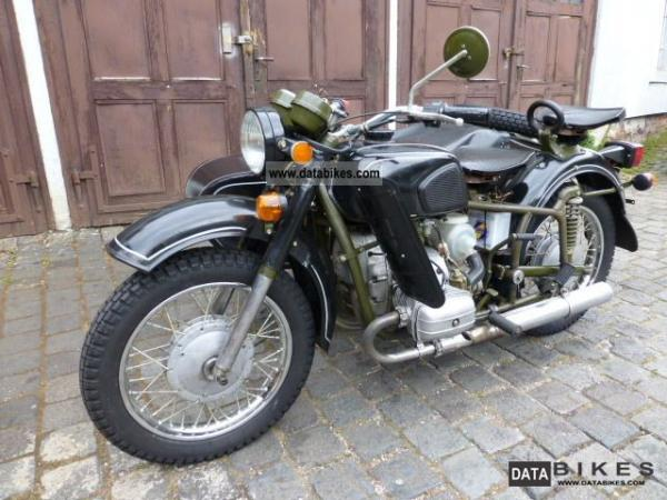 1984 Dnepr MT 12 (with sidecar)