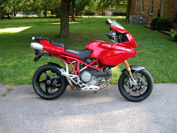 Ducati Multistada 1000 DS