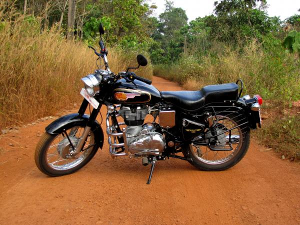 Enfield Bullet 350 UCE
