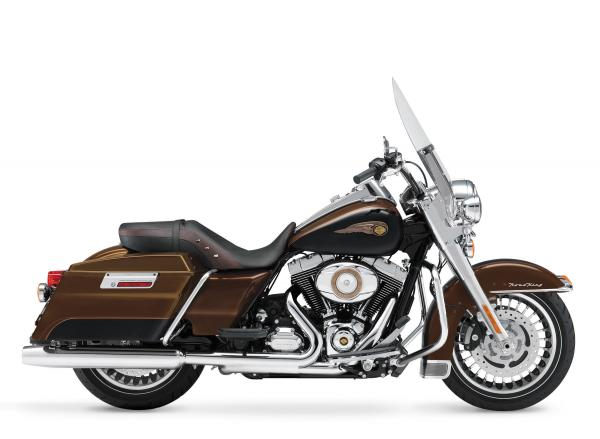 2013 Harley-Davidson CVO Road King 110th Anniversary