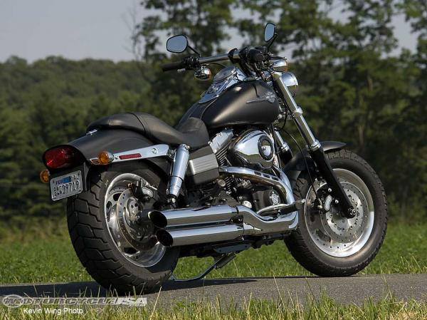 Harley-Davidson Dyna Fat Bob Dark Custom