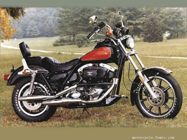 1988 Harley-Davidson FLHTC 1340 (with sidecar) (reduced effect)