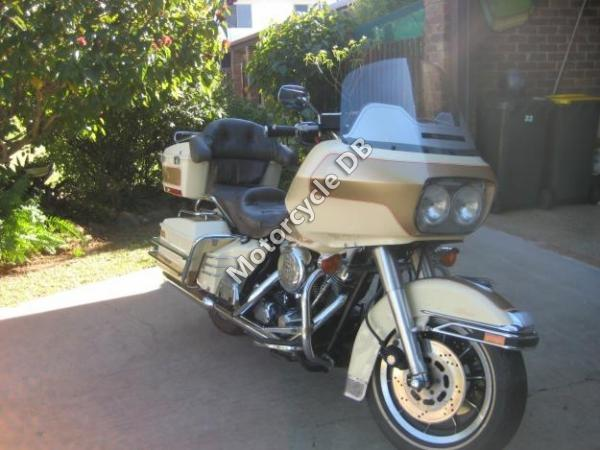 1991 Harley-Davidson FLTC 1340 Tour Glide Classic (reduced effect)
