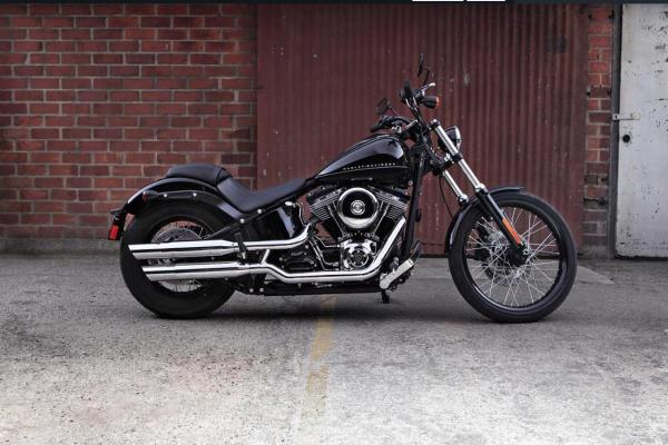 Harley-Davidson Softail Blackline Dark Custom