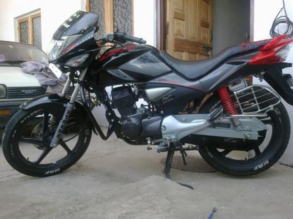 2010 Hero Honda CBZ X-treme