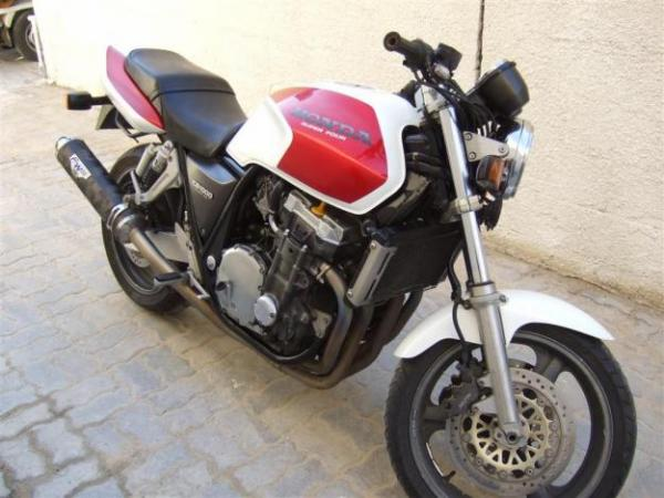 Honda CB1000 Super Four