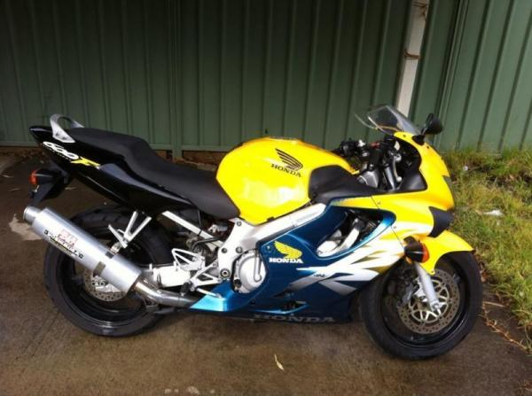 2000 Honda CBR600F Ultima Light