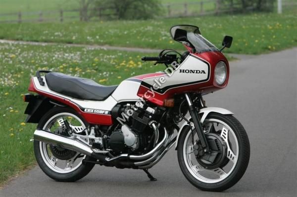 1982 Honda CBX550F (reduced effect)