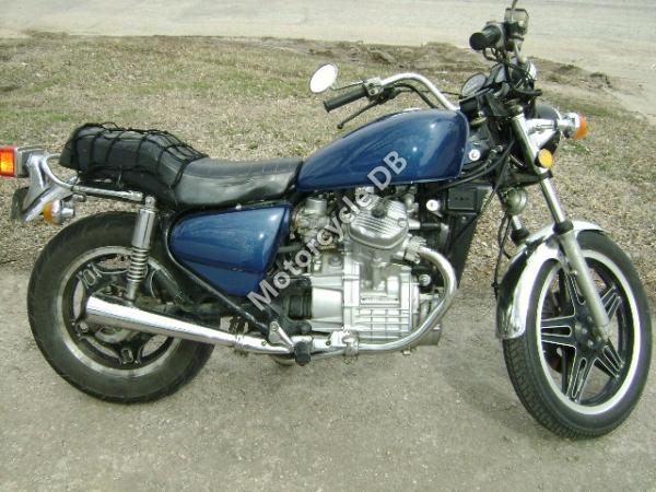 1980 Honda CX500 (reduced effect)