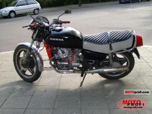 1982 Honda CX500 (reduced effect)