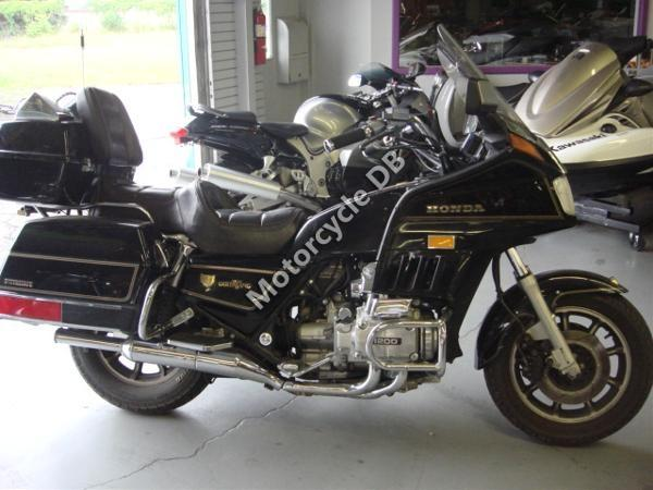 1987 Honda GL1200DX Gold Wing
