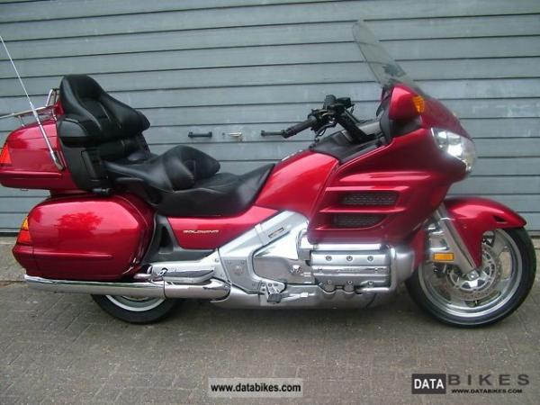 2004 Honda GL1800 Gold Wing