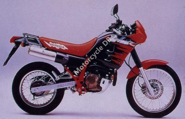 1990 Honda NX250 (reduced effect)