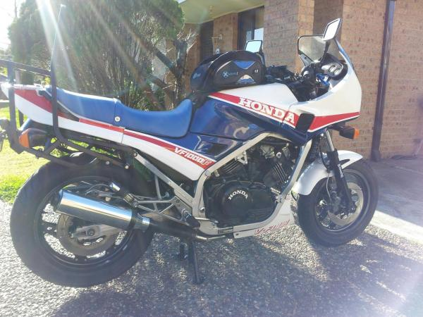 1984 Honda VF1000F (reduced effect)
