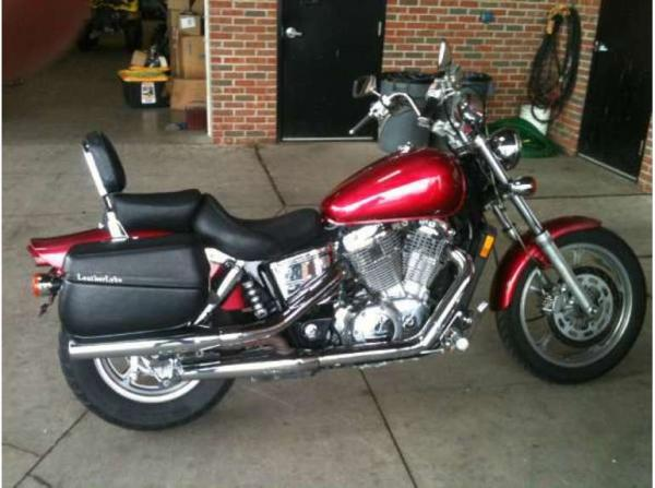 2000 Honda VT1100C Shadow Spirit