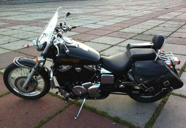 2001 Honda VT750C3 DC Black Widow