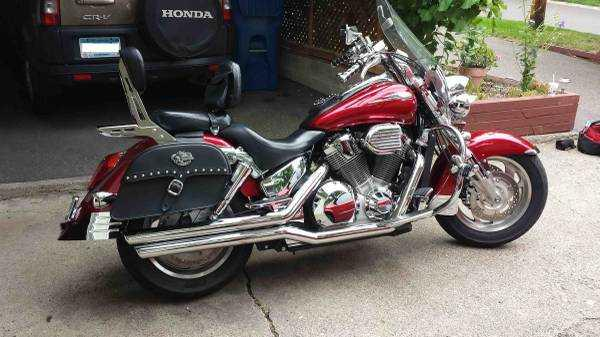 2004 Honda VTX1800Retro Cast