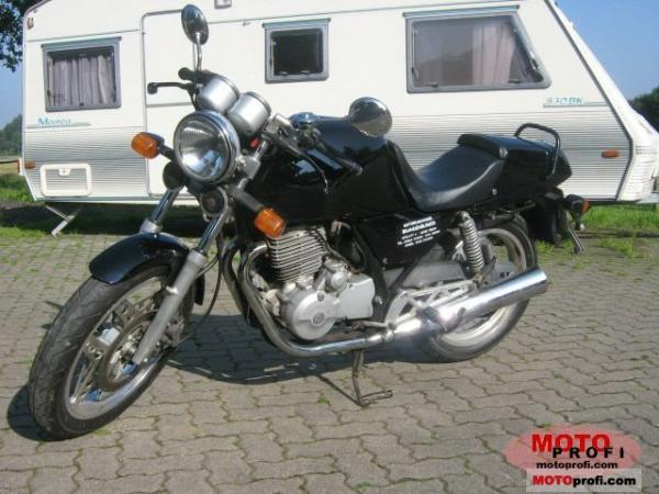1986 Honda XBR500 (reduced effect)