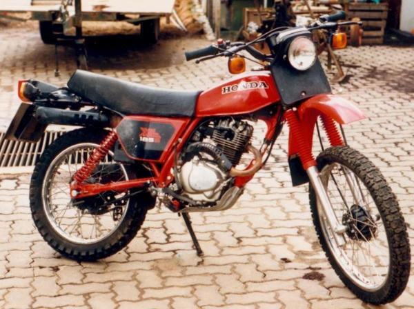 1982 Honda XL185S (reduced effect)