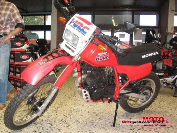 Honda XL600R (reduced effect)