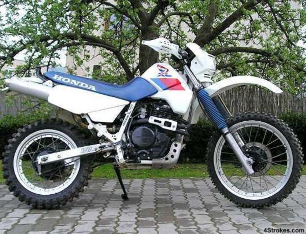 1987 Honda XL600RM (reduced effect)