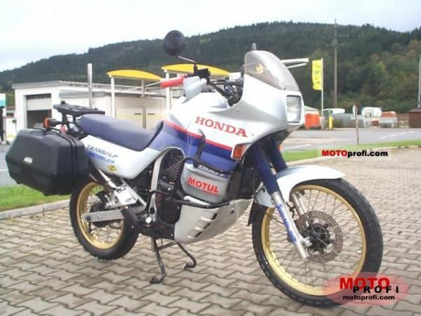 1987 Honda XL600V Transalp (reduced effect)