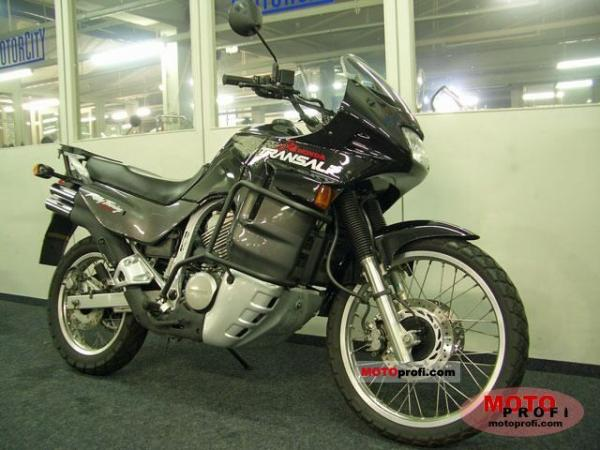1988 Honda XL600V Transalp (reduced effect)
